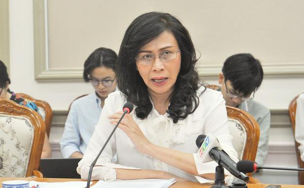 Vị Phó Chủ tịch UBND thành phố đánh giá sự việc liên quan đến cô Châu là rất nghiêm trọng, ảnh hưởng đến việc học và tinh thần học trò. Đó là khủng bố, bạo lực tinh thần học trò. Ảnh: Dân trí.