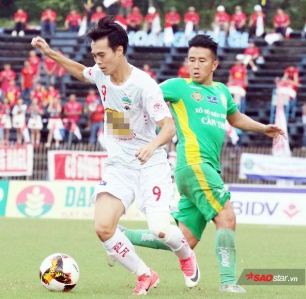 HAGL từng thua tan nát 0-3 trước Cần Thơ sau chiến thắng trước Bình Dương.