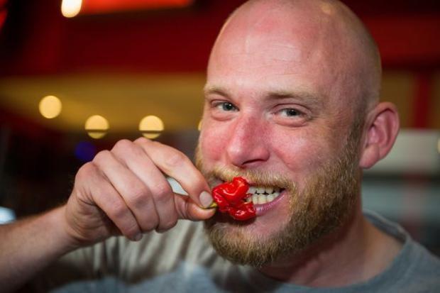 Một người đàn ông phải nhập viện gấp do ăn ớt Carolina Reaper vì gặp phải vấn đề về sức khỏe. Ảnh minh họa