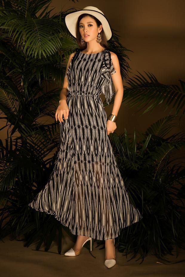 Đến những chiếc váy có hình in lập thể, gam màu tối, tạo nên nhiều sự lựa chọn cho các tín đồ thời trang.
