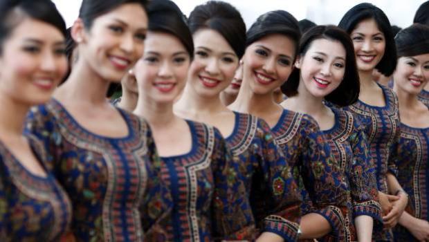 Các cô gái của Singapore Airlines mang vẻ đẹp tinh tế.