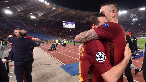 Roma viết nên chuyện cổ tích trước Barca.