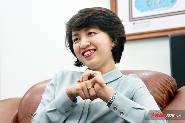 Cô Lan - Hiệu trưởng nhà trường.