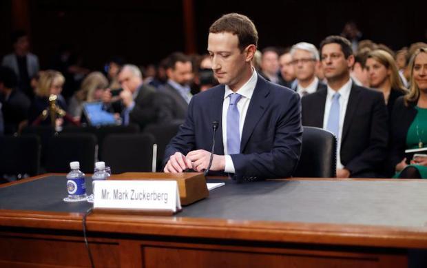 Dữ liệu của Mark Zuckerberg cũng rò rỉ trong scandal lớn nhất lịch sử Facebook