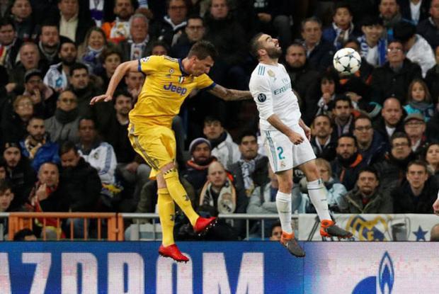 Giúp Real vào bán kết, Ronaldo lập hàng loạt kỷ lục