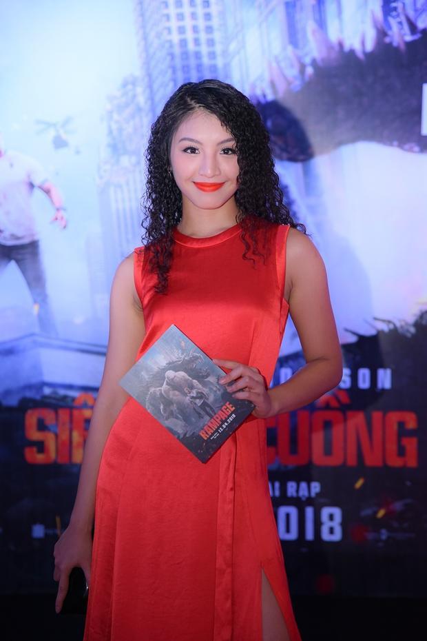 Lê Thanh Tú - Top 15 Hoa hậu hoàn vũ 2017.