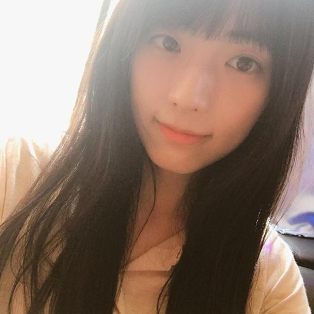 Chiêm ngưỡng ngay nhan sắc hoa cười nguyệt thẹn của chị gái Jisoo (BlackPink)