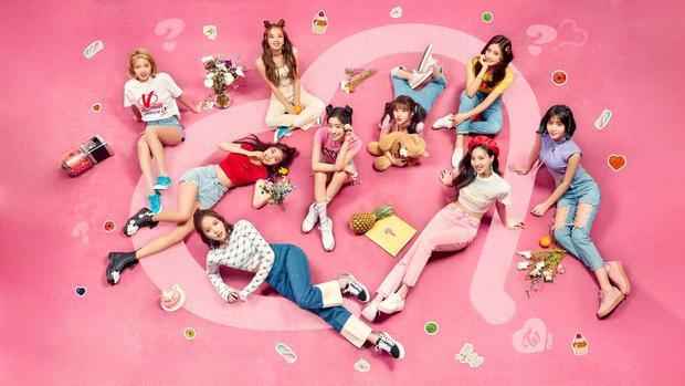 TWICE có màn comeback thành công với ca khúc What is Love?