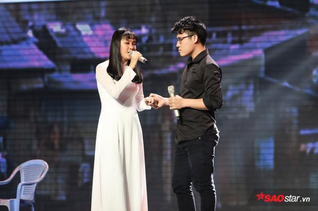 Cặp đôi Quỳnh Trâm - Duy Cường lấy không ít nước mắt khán giả bằng giọng hát và diễn xuất nhập tâm.