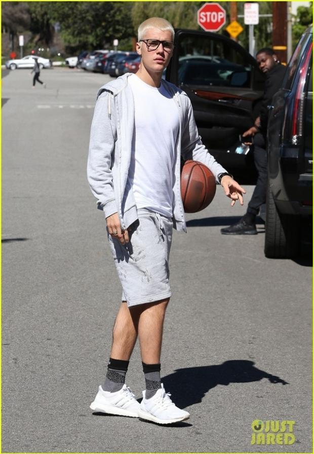Justin Bieber: Hoàng tử nhạc pop chúng ta cùng theo đuổi năm nào giờ xuống sắc tàn tạ khó nhận ra