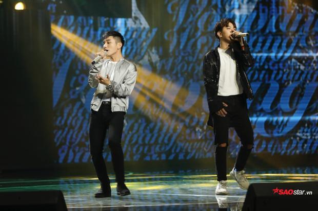 """Juun - RTee tiếp tục khuấy đảo sân khấu với những động tác free style """"chất lừ""""."""