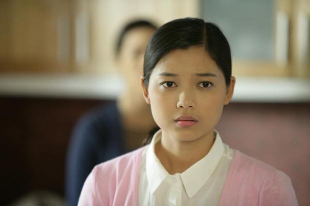 """Xuân Văn (vai Di) trong """"Lẩn khuất một tên người""""đoạt giải Nữ diễn viên chính xuất sắc nhất."""