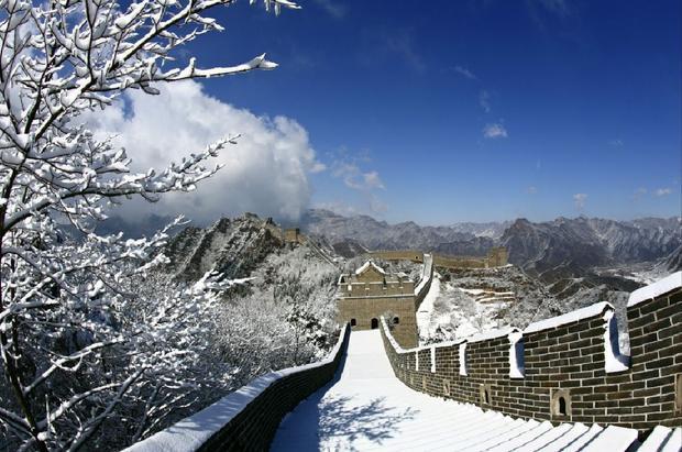 Hiện nay, Vạn Lý Trường Thành là địa điểm tham quan du lịch nổi tiếng và đông khách nhất Trung Quốc, với hàng chục triệu lượt khách mỗi năm.