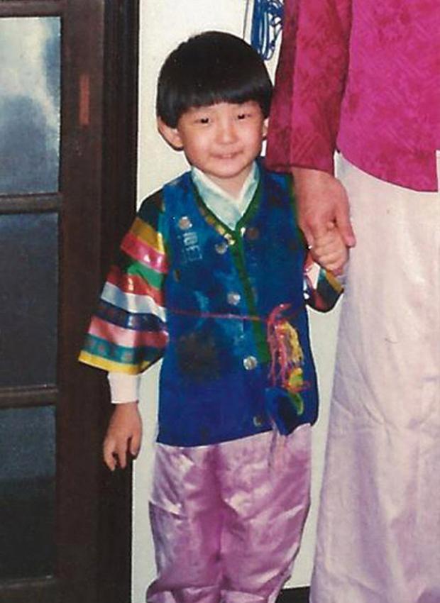 Bức hình thời thơ ấu hiếm hoi của Lee Joon Gi.