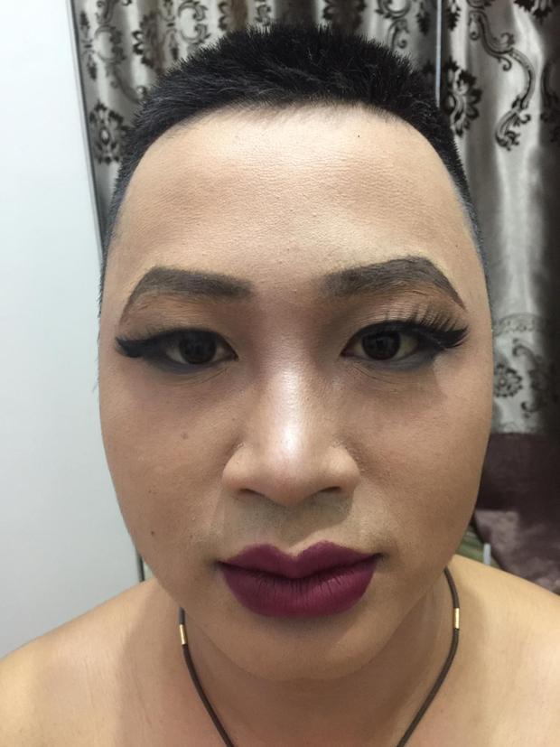 Khi bạn là con trai nhưng có niềm đam mê make up, thì thành phẩm sẽ ra thế này đây!