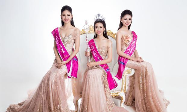 Sau 4 ngày công bố, mẫu đơn đăng ký Hoa hậu Việt Nam 2018 thu hút hàng triệu thí sinh quan tâm