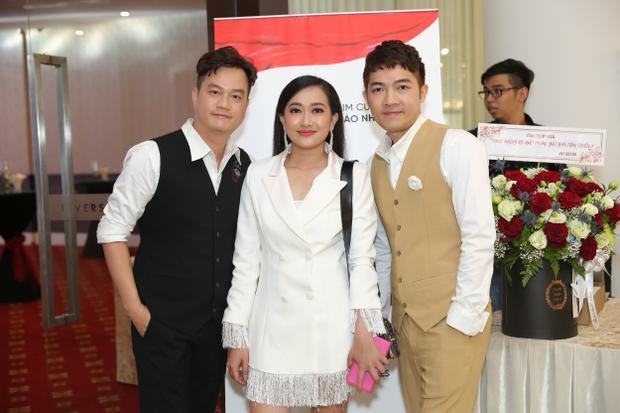 Bộ đôi đạo diễn Bảo Nhân - Nam Cito cùng diễn viên Phương Lan.