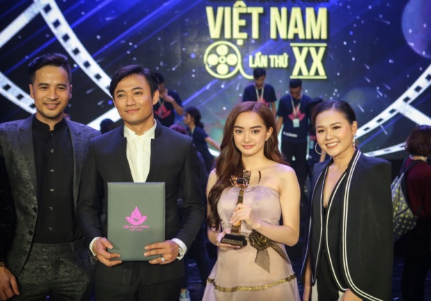 Kiều Minh Tuấn không nằm trong danh sách đề cử giải dành cho nam chính tại Liên hoan phim Việt Nam lần thứ XX.