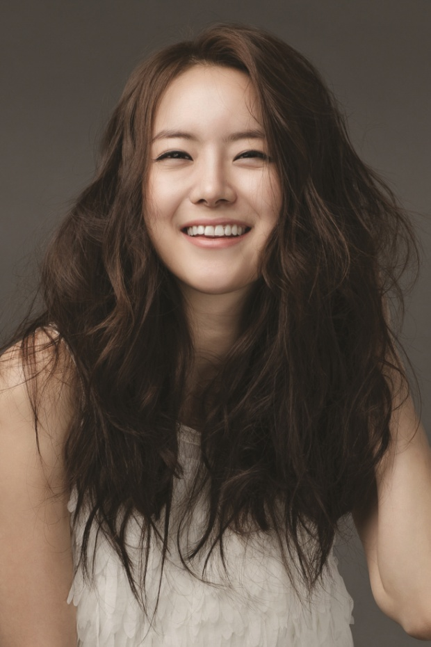 Yoo Ha Na.