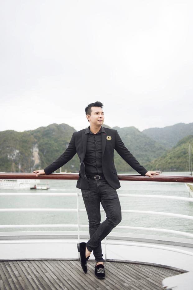 Nhà thiết kế Đỗ Long.