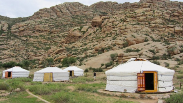 Những lều trại giống như dân du mục chăn gia súc Mông Cổ sẽ cho bạn những trải nghiệm vô cùng thú vị. Ảnh: Tanyoli