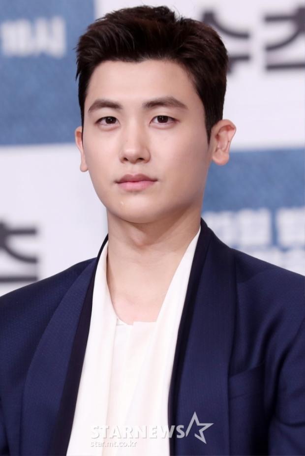 Tài tử Jang Dong Gun chuẩn men, ăn đứt Park Hyung Sik tại họp báo Suits
