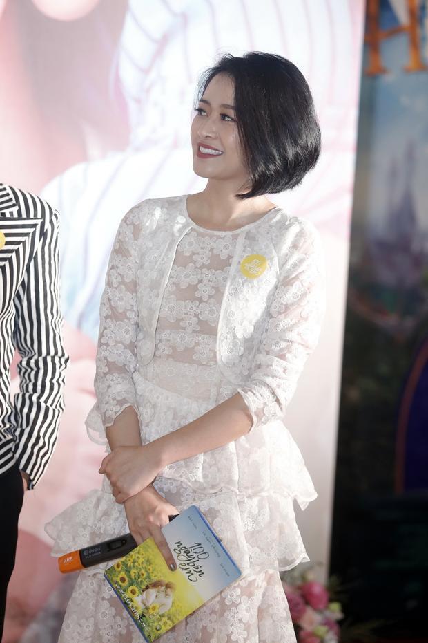 B Trần và đạo diễn Vũ Ngọc Phượng đưa Khả Ngân, Jun Phạm, Gin Tuấn Kiệt về thăm Hà Nội