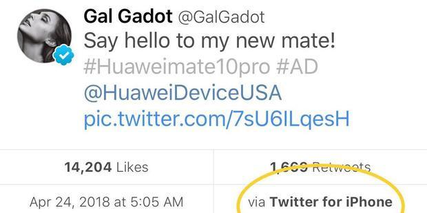 Cập nhật dở khóc dở cười của Gal Gadot trên Twitter.