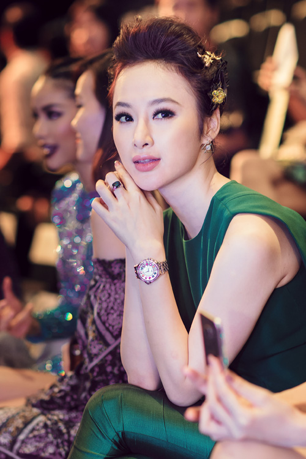 Sao Việt khoe hàng hiệu: người đẳng cấp, người phô trương bị ném đá không thương tiếc