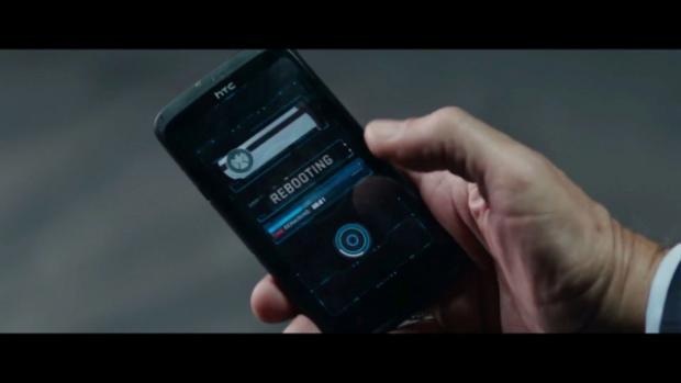 10 chiếc điện thoại từng xuất hiện trong Vũ trụ Điện ảnh Marvel