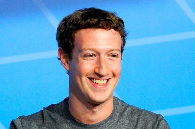 Trước khi tuyên bố kế hoạch này, ông chủ Facebook và vợ cũng kịp đóng góp 1,6 tỷ USD cho các mục đích thiện nguyện, bao gồm đóng góp cho bệnh viện San Francisco General Hospital và Center for Disease Control.