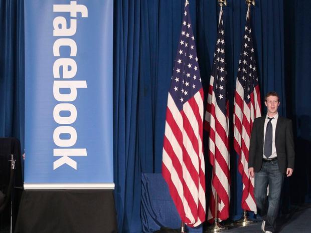 """Một thời gian ngắn sau cuộc bầu cử 2016 của Hoa Kỳ, nhiều người không hài lòng với kết quả đã đổ lỗi cho Facebook khi lan truyền quá nhiều thông tin giả dẫn tới chiến thắng của ông Donald Trump. Mark Zuckerberg chia sẻ khi đó, """"Về mặt cá nhân, tôi thấy ý tưởng rằng tin giả trên Facebook… ảnh hưởng đến kết quả bầu cử dù sau đi nữa cũng là một ý tưởng khá điên rồ."""""""