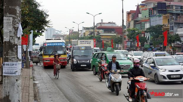 Tuyến đường Trường Chinh bắt đầu đông đúc từ lúc 15h30.