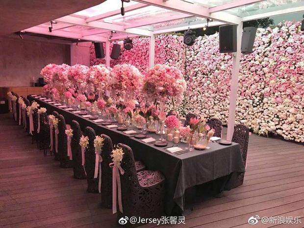 Khủng cảnh ngập tràn hương sắc trong tiệc sinh nhật Phạm Băng Băng.