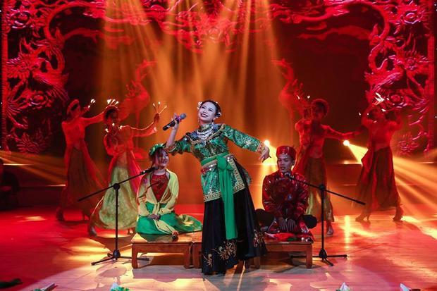 Nguyễn Thùy Dương - SBD 21