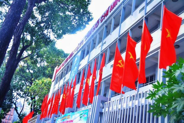 Nhà văn hóa Thanh Niên kỷ niệm 43 năm ngày giải phóng đất nước.