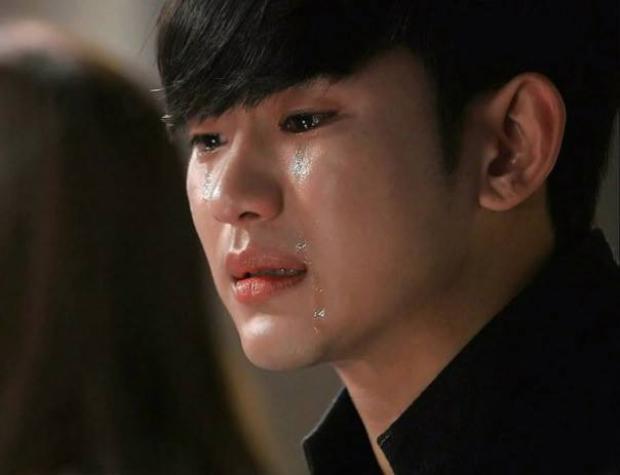 """""""Làm sao khi bạn trai rất hay khóc?"""""""