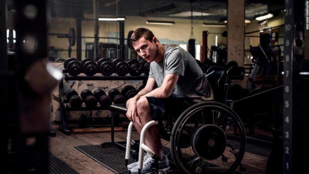 Chris kiên trì tập luyện trong những năm qua.