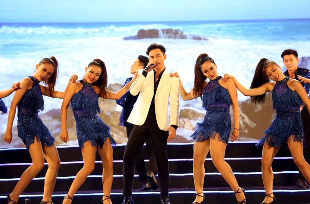 Quán quân Giọng hát Việt lần đầu thể hiện ca khúc Sóngcủa nhạc sĩ Võ Thiện Thanh.