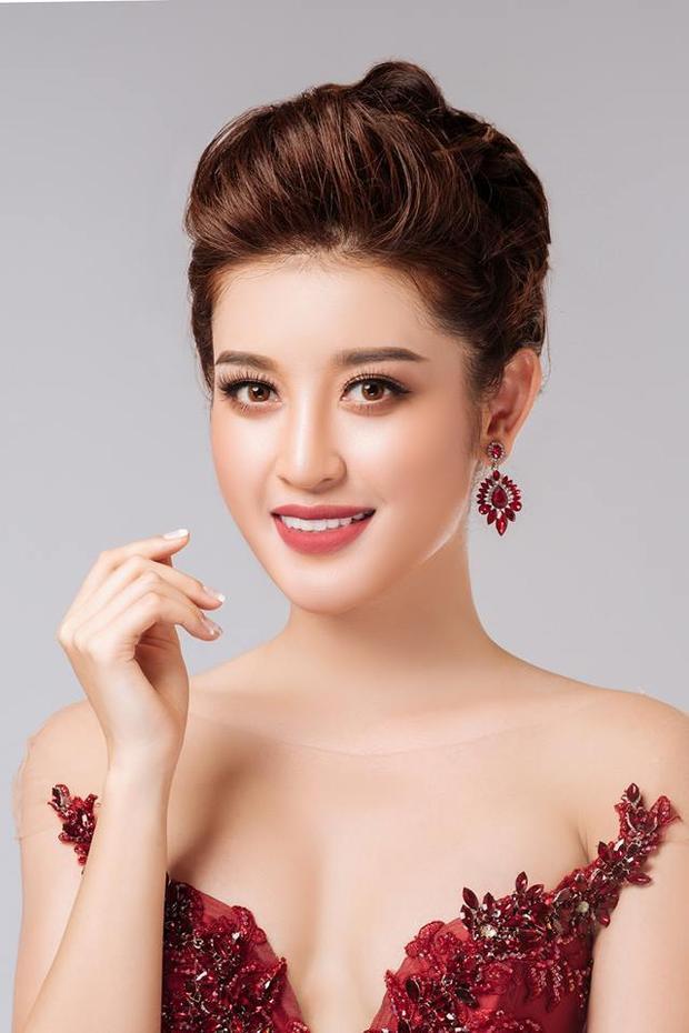Trong lần hé lộ thứ 3 này,Á hậu Huyền My xuất sắc ghi tên mình vào top 64 Hoa hậu của các Hoa hậu.