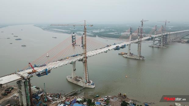 Được biết, dự án tuyến cao tốc Hạ Long - Hải Phòng có tổng chiều dài hơn 25 km, được thiết kế với 4 làn xe, vận tốc cho phép 100 - 110 km/h. Dự án gồm đường cao tốc dài 19,8 km và cầu Bạch Đằng dài 5,45 km.
