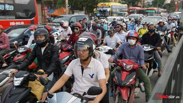 Trước đó, kỳ nghỉ lễ kéo dài 4 ngày nên nhiều người dân có cơ hội trở về quê, hay du lịch tại những địa điểm cận Hà Nội.