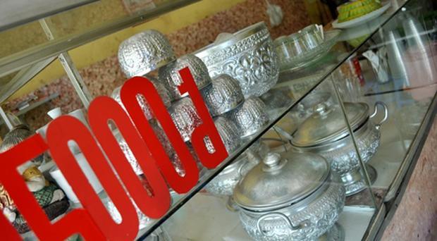 Những đồ vật bên trong quán đều mang đậm đặc trưng của Thái Lan.
