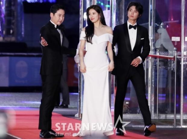 Bộ ba MC Shin Dong Sub, Suzy và Park Bo Gum của sự kiện ngày hôm nay.