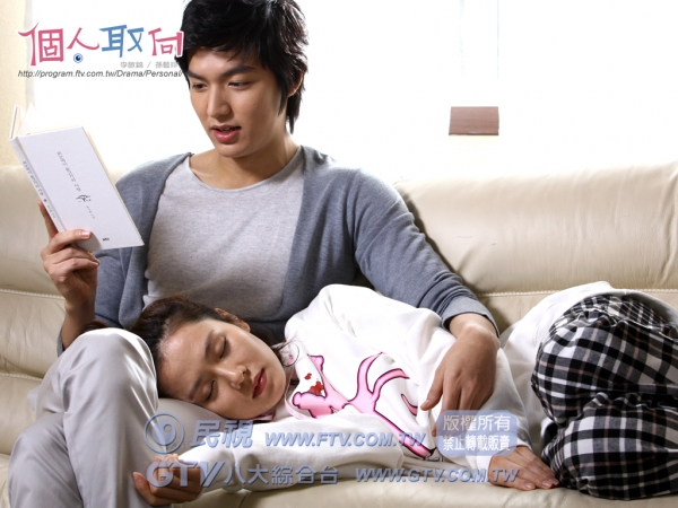 Lee Min Ho bất ngờ gửi xe đồ ăn cho 'tình đầu' Son Ye Jin