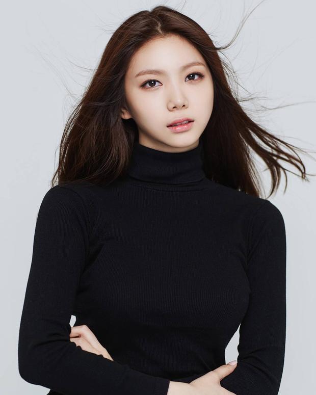 Hãy cùng chúc cô gái sẽ thật sự tỏa sáng ở Produce 48 với tài năng và bản lĩnh của mình.