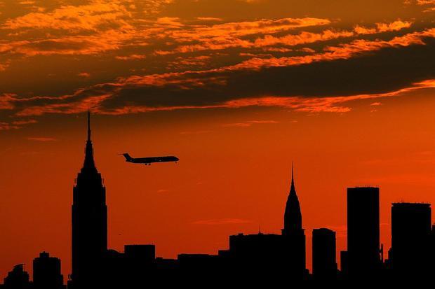 """""""Tòa nhà Empire State Building có trọng lượng bao nhiêu?"""" - Ứng viên Tư vấn Giải pháp."""