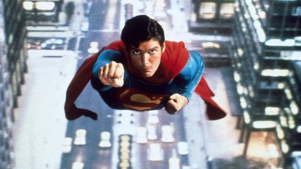 """""""Bạn sẽ là siêu anh hùng nào và tại sao?"""" - Ứng viên Bán lẻ."""