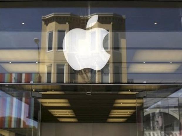 """""""Là một khách hàng, bạn để ý gì khi lần đầu bước chân vào Apple Store?"""" - Ứng viên Chuyên gia Specialist."""
