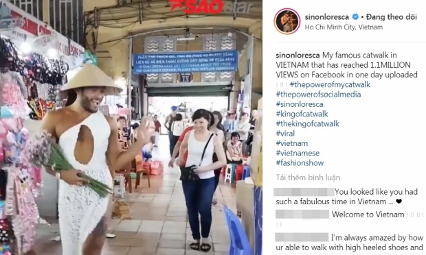 Đoạn video Sinon catwalk tại chợ Bến Thành khiến các fan quốc tế vô cùng hào hứng.